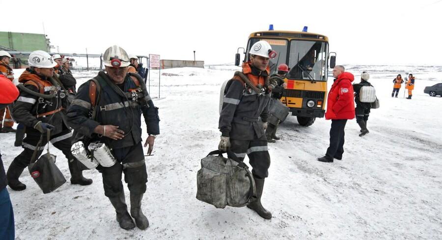 Redningsarbejdere ved minekatastrofen i Vorkuta, Rusland.