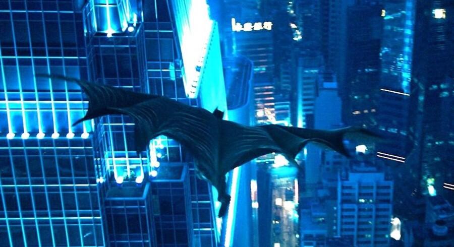 Christopher Nolans sidste film i Batman-triologien har begejstret anmelderne, og gæsterne strømmer til biograferne.