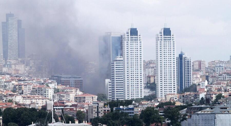 Branden i Polat-tårnet er nu slukket.