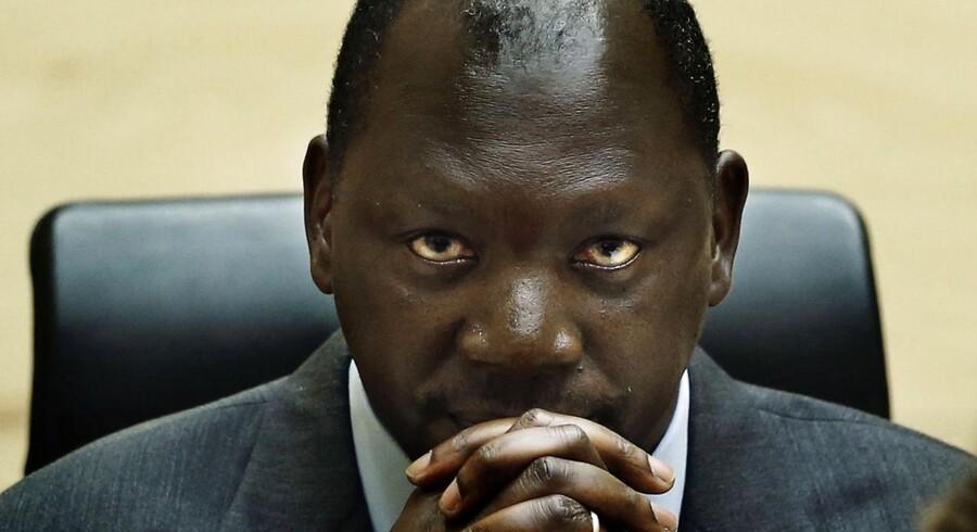 Lubanga lytter til første del af dommen.