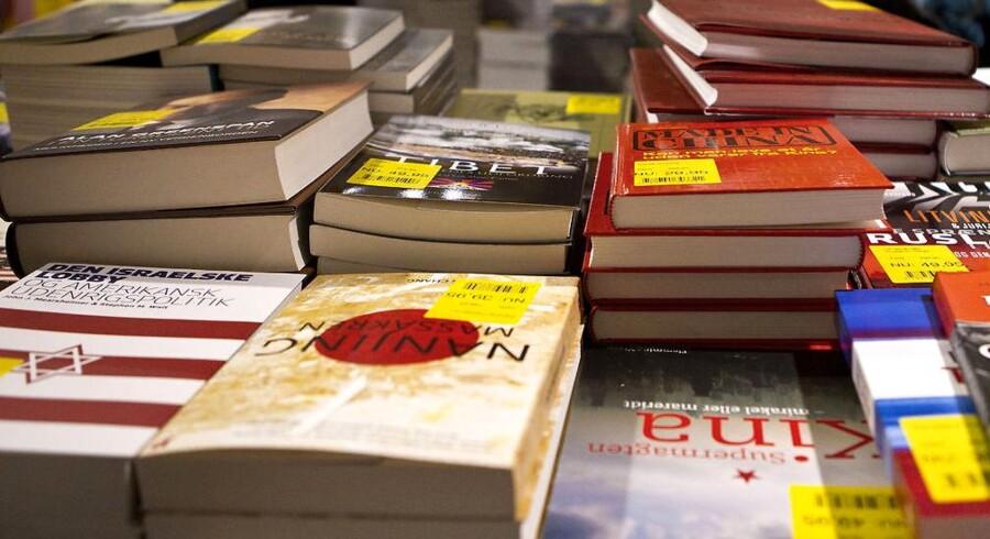 Hvis du kan undvære bøger i fysisk form er der masser af ebøger at hente på ereolen.dk.