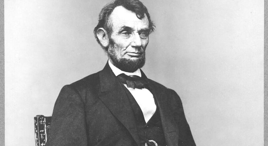 Den første lægerapport om præsident Abraham Lincolns død er fundet efter 147 år.