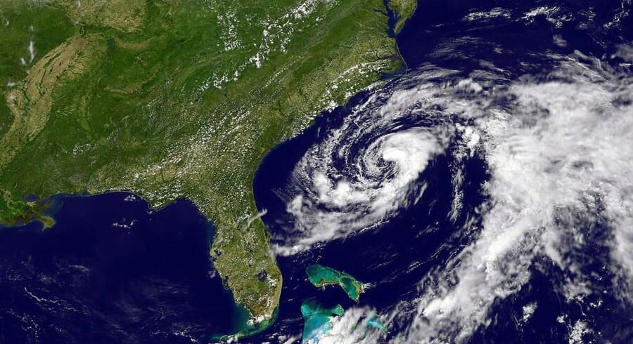 Satellitfoto fra NASA viser stormen Beryls kurs mod Florida i USA.