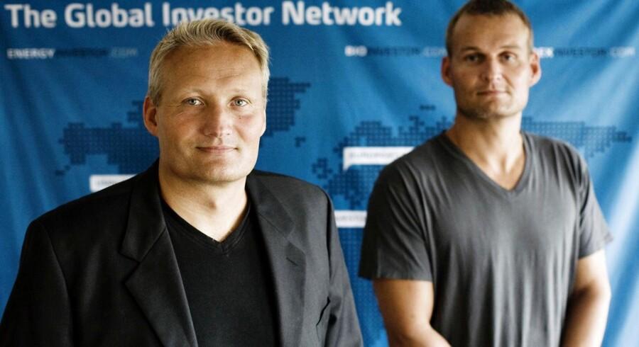 Brødrene Søren og Jens Alminde. Jens Alminde er til højre.