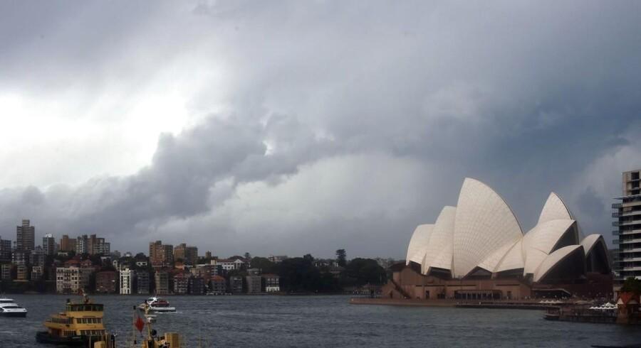 Stormskyer over Sydneys havn.