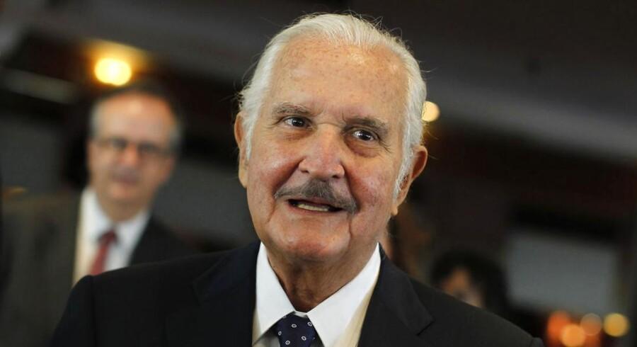 Den mexicanske forfatter Carlos Fuentes er død. Han blev 83 år gammel.