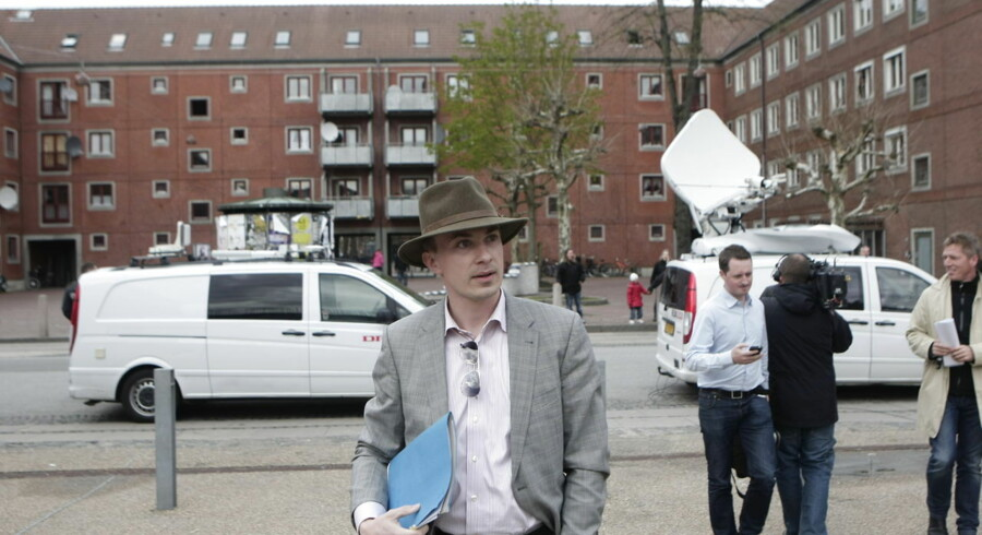 Morten Messerschmidt ankom en time før arrangementet i Korsgadehallen. Arrangementet begyndte kl. 19.