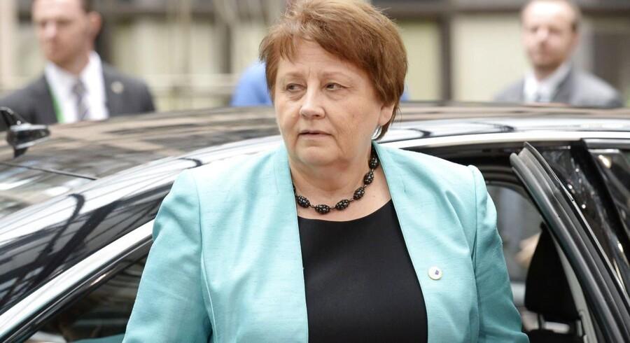Den lettiske premiereminister kom ikke med en uddybende forklaring på den overraskende melding.