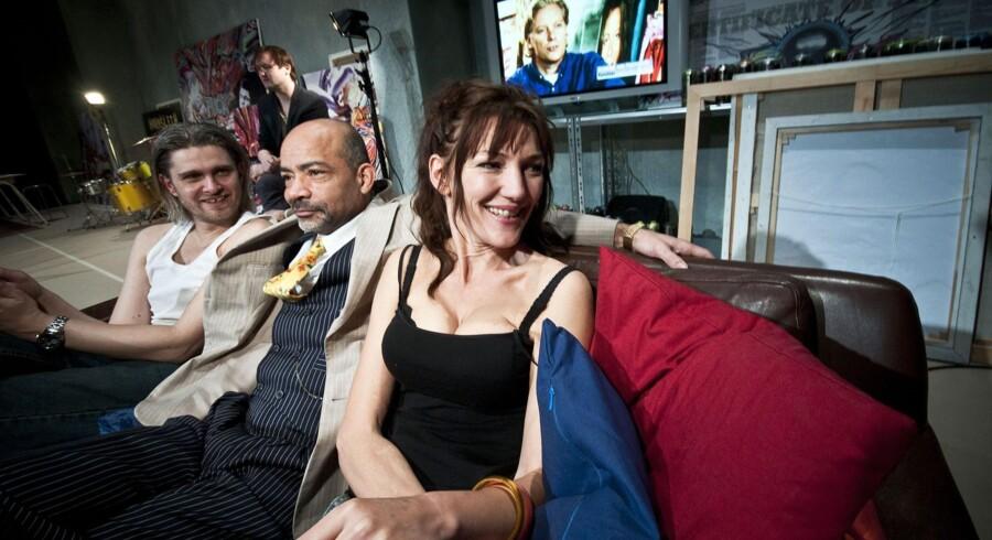 Mads M. Nielsen, Donald Andersen og Andrea Vagn Jensen spiller med i teaterforestillingen »Udslet Hornsleth«, som nu også er blevet til film.