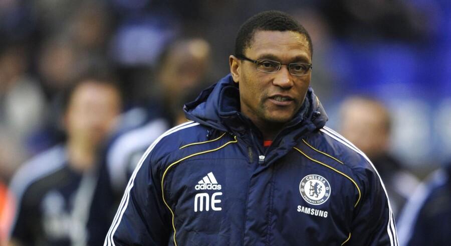 Michael Emenalo lover, at ledelsen i Chelsea fortsat har fuld tillid til Jose Mourinho.
