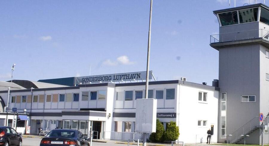 Sønderborg Lufthavn er evakueret.