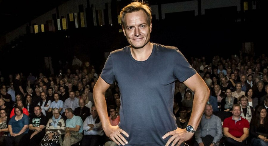 Rasmus Tantholdt på slap line i Tinghallen/Foto: Preben Madsen