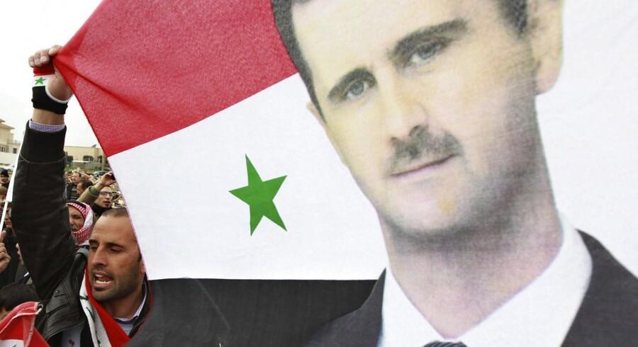 Syriens præsident Bashar al-Assad har omsider givet chef for FN's humanitære anliggender, Valerie Amos, adgang til landet.