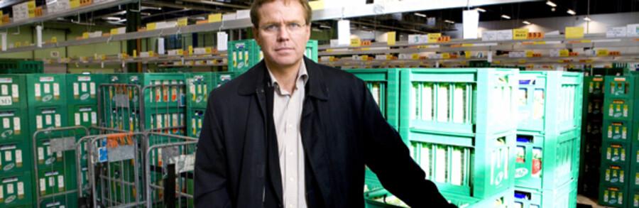 Arlas topchef Peder Tuborgh er klar med milliardinvestering, der skal sikre lavere priser for at holde fast i kunderne.