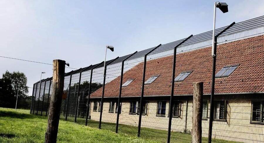 På fem år er antallet af østeuropæiske statsborgere i danske fængsler steget fra 104 til 244. Står det til VKO, skal de sendes hjem til afsoning mod at Danmark betaler for etableringen af nye fængselspladser.