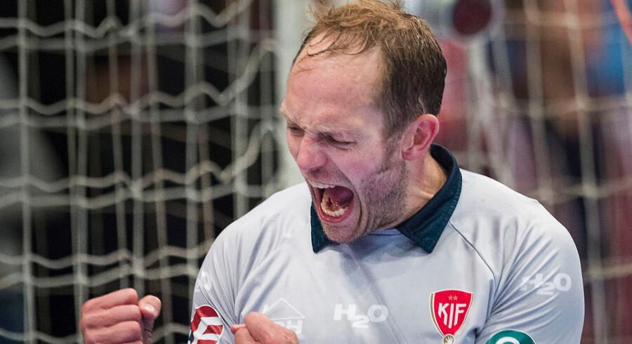 KIF Kolding Københavns målmand Kasper Hvidt leverede flere store redninger i ligakampen mod Team Tvis Holstebro.