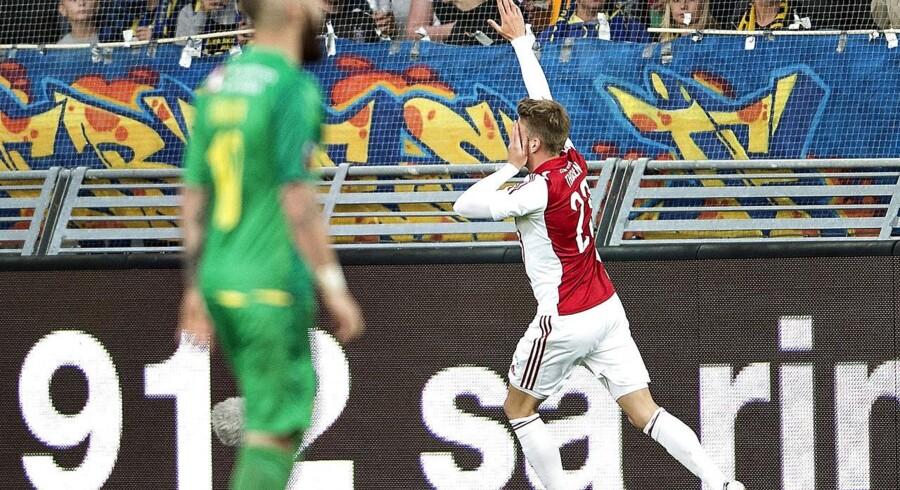Nicolaj Thomsen holdt sig for sit 'dovne' øje efter sin scoring i søndags mod Brøndby.