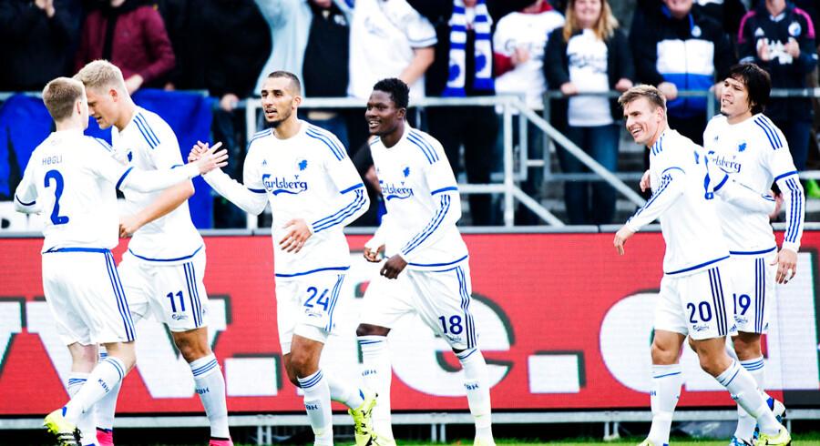 Federico Santander (th) bragte FCK foran, da holdet vandt 2-0 ude over FC Vestsjælland