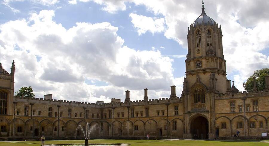 Her Christ Church College i Oxford. Det var 125 børn af undervisere fra netop Oxford University, der blev sendt over Atlanten til USA den 8. juli 1940 i et - ifølge journalisten Jonathan Freedland og andre - racehygiejnisk projekt.