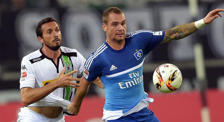 Pierre-Michel Lasogga (th) var med sine to mål afgørende for HSVs 3-0 sejr ude over Mönchengladbach.