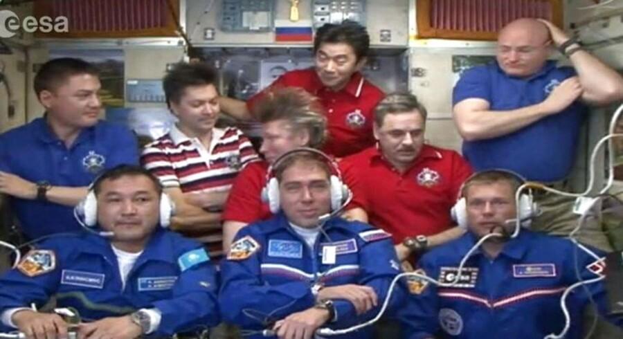 PLUS-historie. Glædesstrålende svævede Andreas Mogensen som den første dansker ind på den internationale rumstation efter en tur på 34 gange rundt om Jorden i en rumkapsel. EPA/EUROPEAN SPACE AGENCY, ESA /