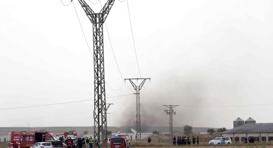 Fem personer mistede mandag livet ved en eksplosion på en spansk fyrværkerifabrik.