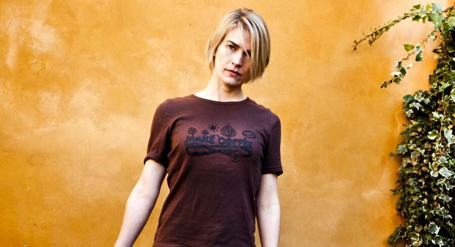 Laura Bach havde hovedrollen i TV 2-serien 'Den som dræber' der ikke fangede seernes interesse. Nu retter seriensforfattere en kritik af TV 2.