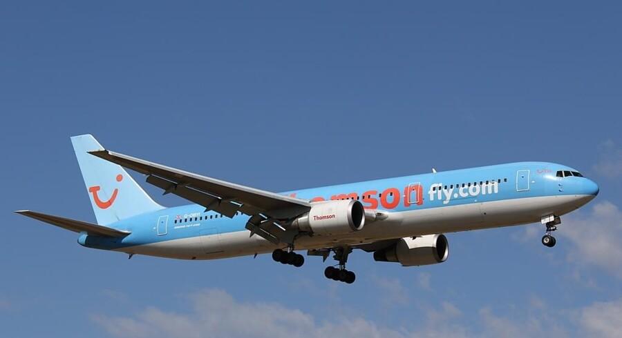 Syv stoppede toiletter stoppede et fly på vej til Thailand.