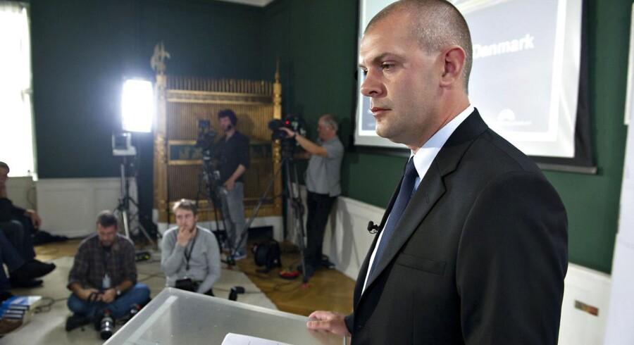 """Finansloven for 2013 har finansminister Bjarne Corydon valgt at kalde: """"På vej mod et stærkere Danmark"""". Erhvervslivet er skuffet over forslaget, som de ikke mener, styrker Danmark."""