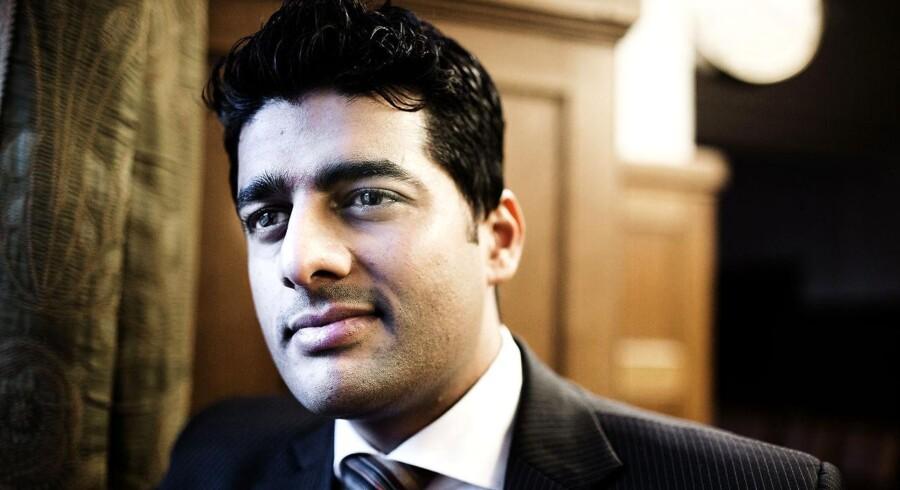 Næstformand i S i hovedstaden Ikram Sarwar på Københavns Rådhus.