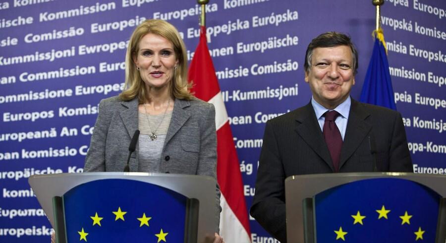 Arkivfoto: Både EU-præsident Herman Van Rompuy og EU-Kommissionens José Manuel Barroso (til højre i billedet) fastslår nu, at Danmarks euroforbehold står ved magt i en finanspagt og at Danmark ikke vil blive underlagt sanktioner i aftalen.