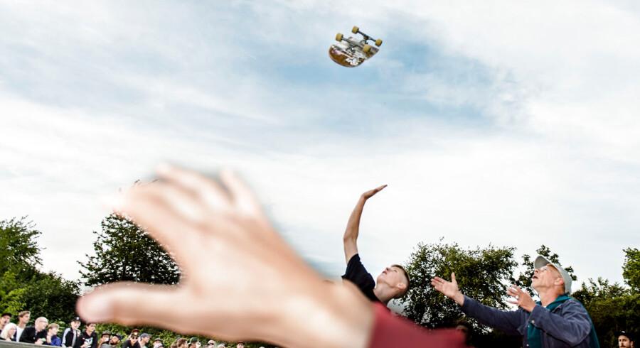At være tilskuer til skating er heller ikke helt risikofrit. Reportage fra den internationale skateboardkonkurrence Copenhagen Open, der foregik i København fra d. 15.-19. juli.