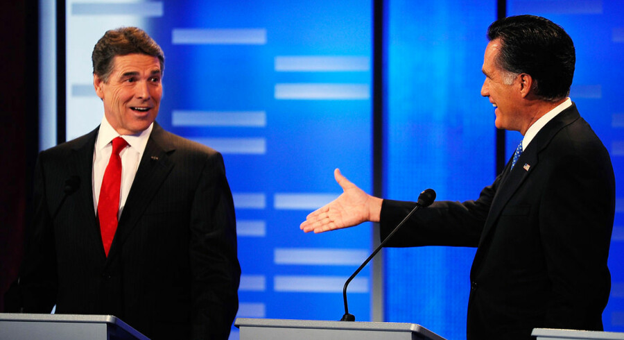 Den tidlige Massachusett-guvernør Mitt Romney foreslog i en tv-debat mellem de republikanske kandidater til præsidentvalget i 2012 natten til søndag partifællen Rick Perry et væddemål på 10.000 dollars svarende til knap 55.000 kroner, hvilket bagefter affødte debat i de sociale medier.