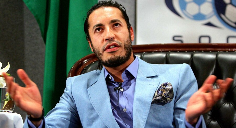En 32-årig dansk forretningsmand og jetset-skikkelse sidder fængslet i Mexico, sigtet for at have deltaget i et fantasifuldt forsøg på at smugle oberst Gaddafis playboysøn, Saadi Gaddafi (på biledet).
