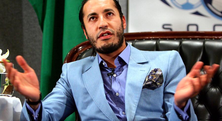 En 32-årig dansk forretningsmand og jetset-skikkelse sidder fængslet i Mexico, sigtet for at have deltaget i et fantasifuldt forsøg på at smugle oberst Gaddafis playboysøn, Saadi Gaddafi