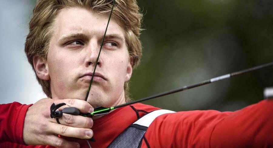 Casper Lauridsen skal i aktion i 1/16-finalen torsdag.