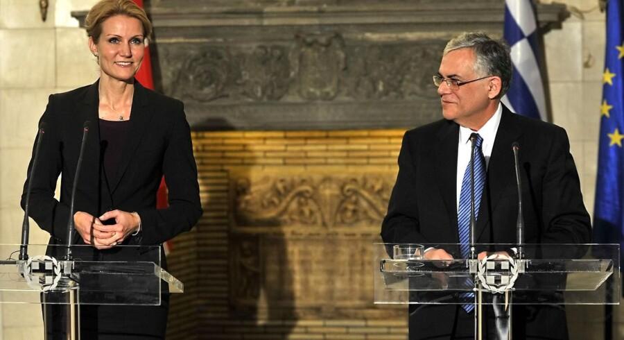 Grækenlands premierminister Lucas Papademos holdt mandag fælles pressemøde med statsminister Helle Thorning Schmidt, da hun besøgte landet i forbindelse med det snarlige danske EU-formandskab.