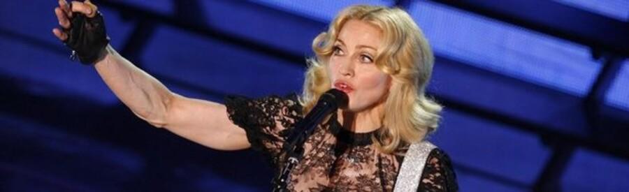 Popdronningen Madonna har sat sit engelske landsted til salg.