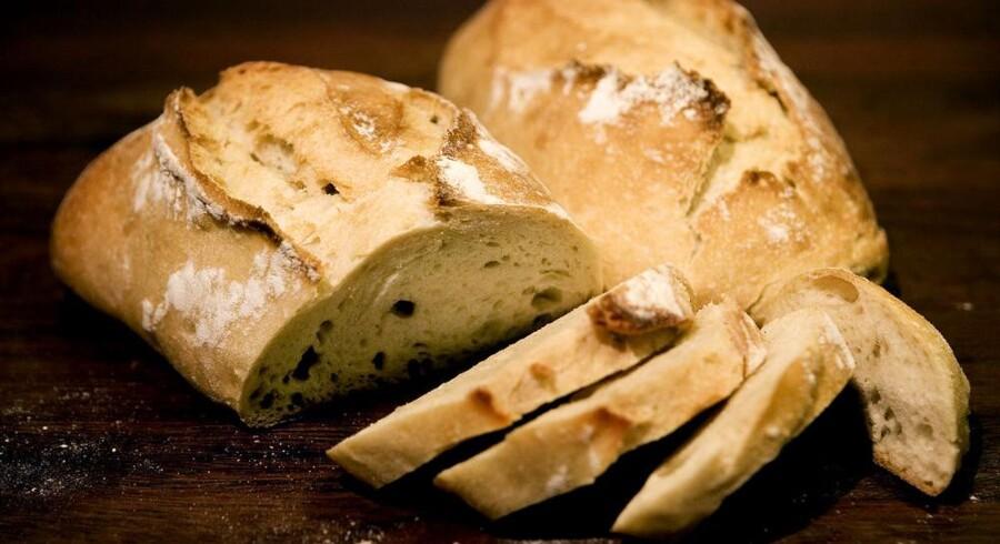 I et udhulet franskbrød som dette fandt norske toldere 62.000 euro. Arkivfoto: Linda Henriksen