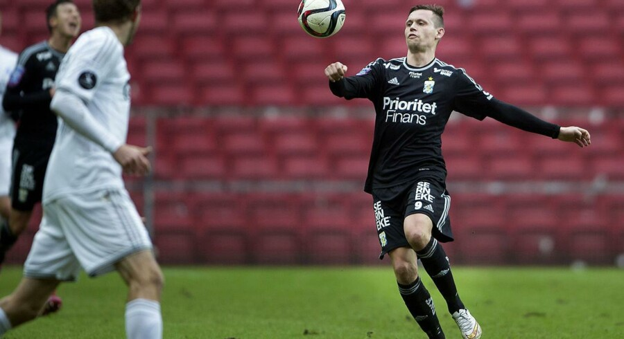 Jakob Ankersen på bolden i en træningskamp mellem FCK - IFK Göteborg i Telia Parken.