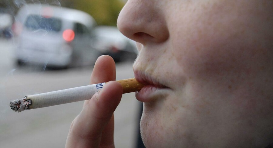 Copenhagen University research shows that smoking slows the brain