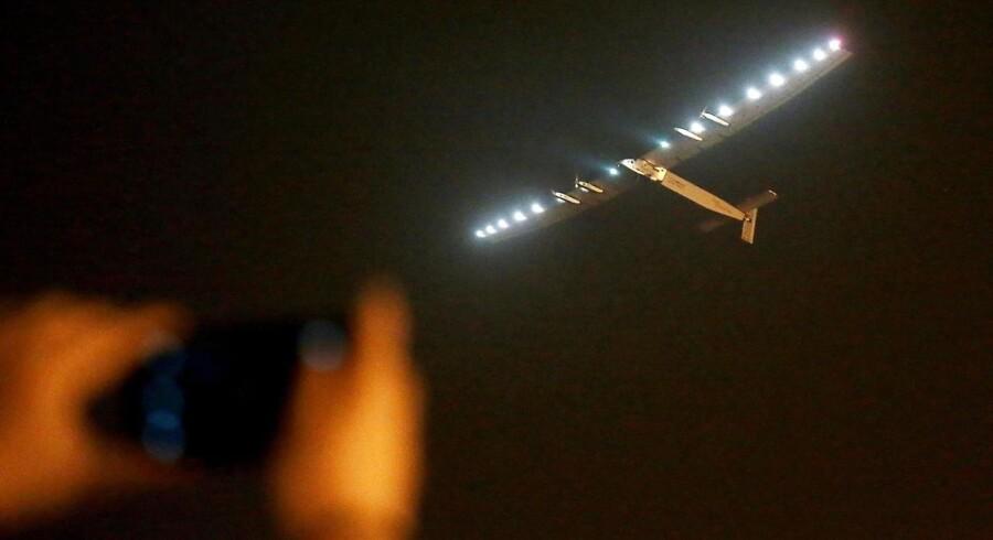 Sent søndag aften forlod »Solar Impulse2« den japanske by Nagaya med kurs ud over Stillehavet og med Hawaii som næste mål.