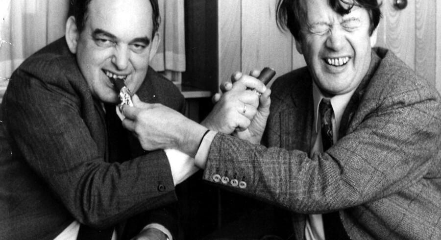 Mogens Glistrup og Erhard Jacobsen mødes over et par marcipanbrød.