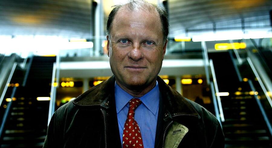 Hofjægermester, kammerherre, medstifter af tænketanken CEPOS og tidligere minister for Det Konservative Folkeparti Bernt Johan Collet, fylder 70 år onsdag 23 november 2011.