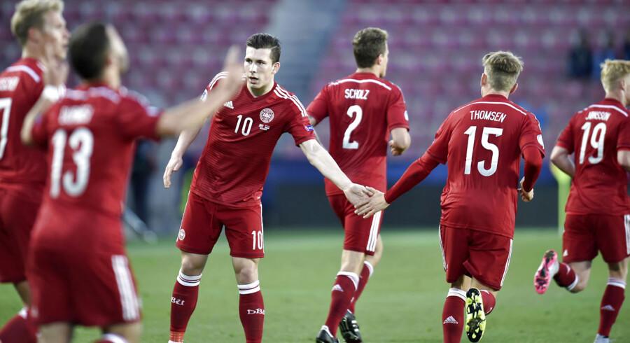 U21EM2015. Viktor Fischer jubler efter sin scoring til 2-0 i EM-kampen mod Serbien tirsdag d. 23 juni 2015 i Prag. (Foto: Jens Nørgaard Larsen/Scanpix 2015)