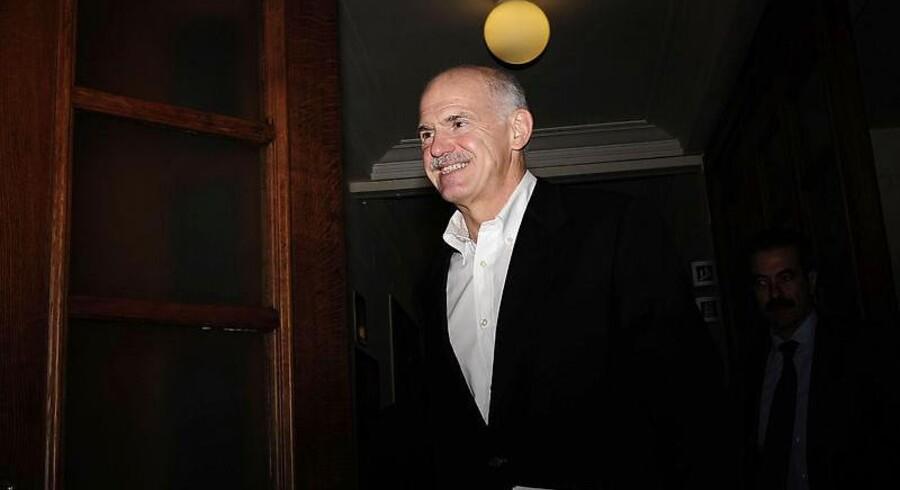 Den græske fungerende premierminister, George Papandreou, har ikke meget tillid blandt euro-landenes ledere. Men hvis ikke han lever op til deres forventninger, går Grækenland bankerot.
