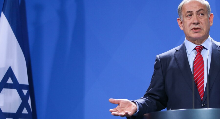Benjamin Netanyahu, Israels premierminister, forsøgte sig i går med en forklaring om, at han var blevet misforstået, da han lagde en del af skylden på masseudryddelsen af europæiske jøder i Hitler-tiden på Jerusalems daværende stormufti. Foto: Michael Kappeler/EPA