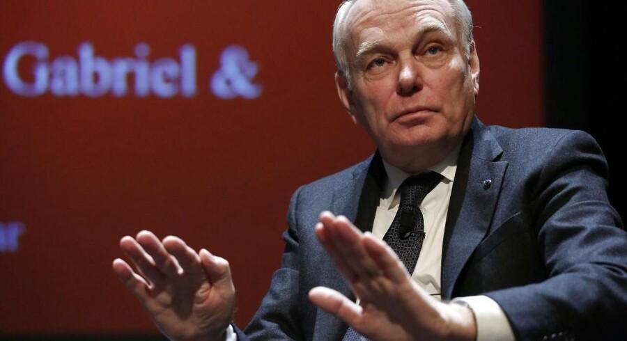 Frankrigs udenrigsminister har hasteindkaldt FN's Sikkerhedsråd til et møde efter et gasangreb i Syrien.
