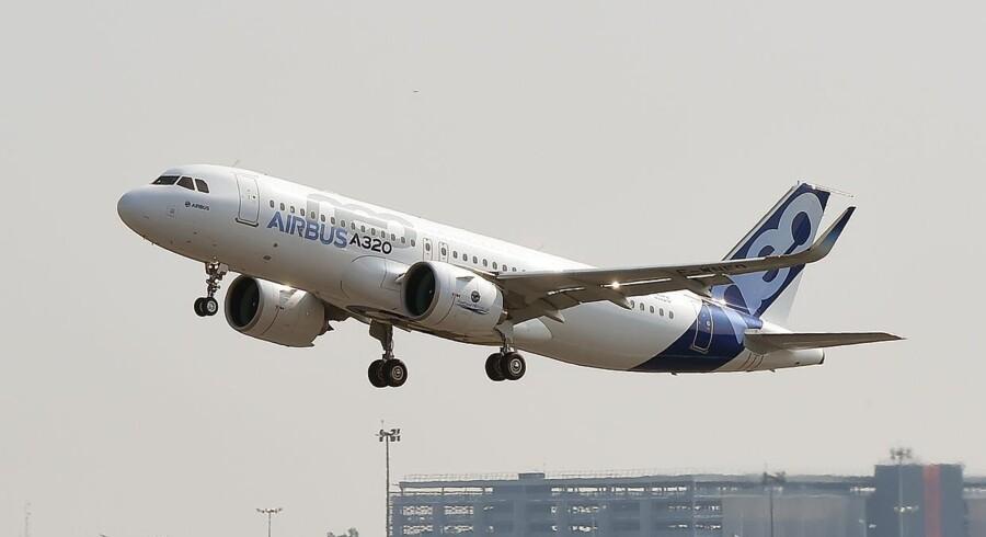 Det skandinaviskeflyselskab SAS har været på indkøb og sikret sig 50 nye fly af typen Airbus A320neo. (Foto: ERICCABANIS/Ritzau Scanpix)