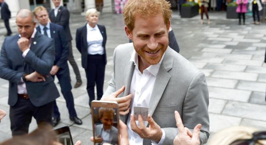 Britiske Prins Harry skal på sit første officielle besøg i Danmark i oktober. Her ses han i Belfast.